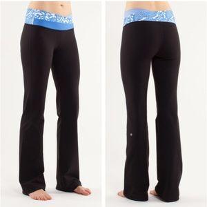 Lululemon Astro Black Yoga Pants Flare Leggings 6